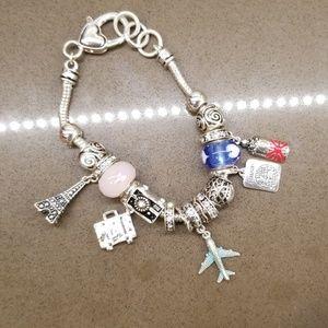 NWOT Travel Themed Charm Bracelet